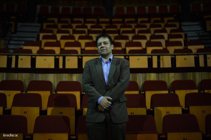 Kriza Zsigmond, a színház nemrégiben távozott ügyvezető igazgatója