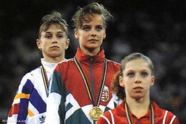 Ónodi Henrietta (középen) a barcelonai olimpián 1992-ben