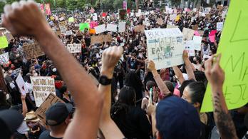 Kerekesszékes hajléktalant is arcon lőttek az amerikai rendőrök a tüntetések alatt
