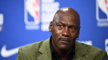 Michael Jordan százmillió dollárt adományoz a rasszizmus elleni harcra
