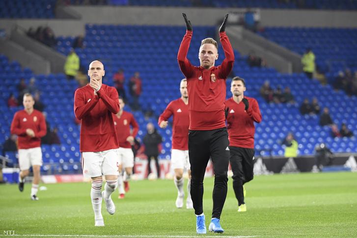 Dzsudzsák Balázs a Wales-Magyarország labdarúgó Európa-bajnoki selejtezőmérkőzés előtt 2019 novemberében.