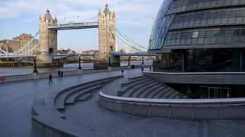 Két hétig kötelező karantén a Nagy-Britanniába érkezőknek