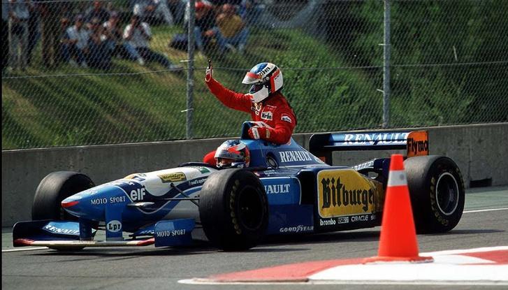 Jean Schumacher Benettonján a 95-ös kanadai nagydíj levezető körén