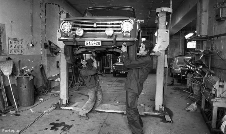 Lada-szerviz, 70-es évek