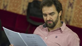 Dolhai Attila kiáll az Operett zaklatások eltussolásával vádolt vezetője mellett