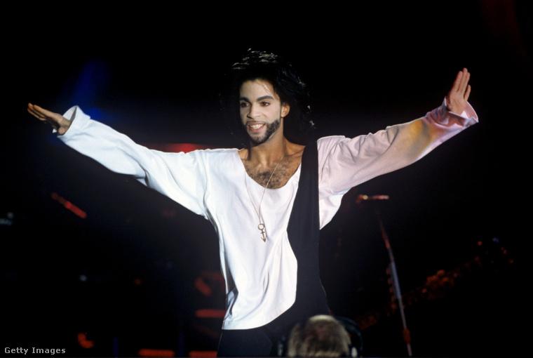 4. Fehérruhás Prince