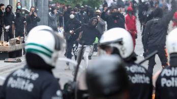 Vízágyút is bevetettek a belga rendőrök a tüntetőkkel szemben Brüsszelben