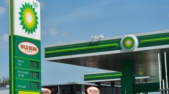 10 ezer munkahelyet szüntet meg a BP