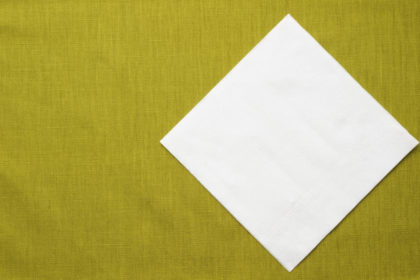 Hogyan készíts színfogó kendőt házilag? Csupán 2 dologra lesz szükséged hozzá