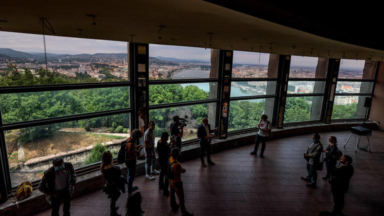 Bunker, diszkó, turistaszálló: így néz ki belülről az elhagyott Citadella