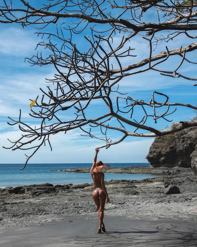 Irina Shayk egy vakáción.
