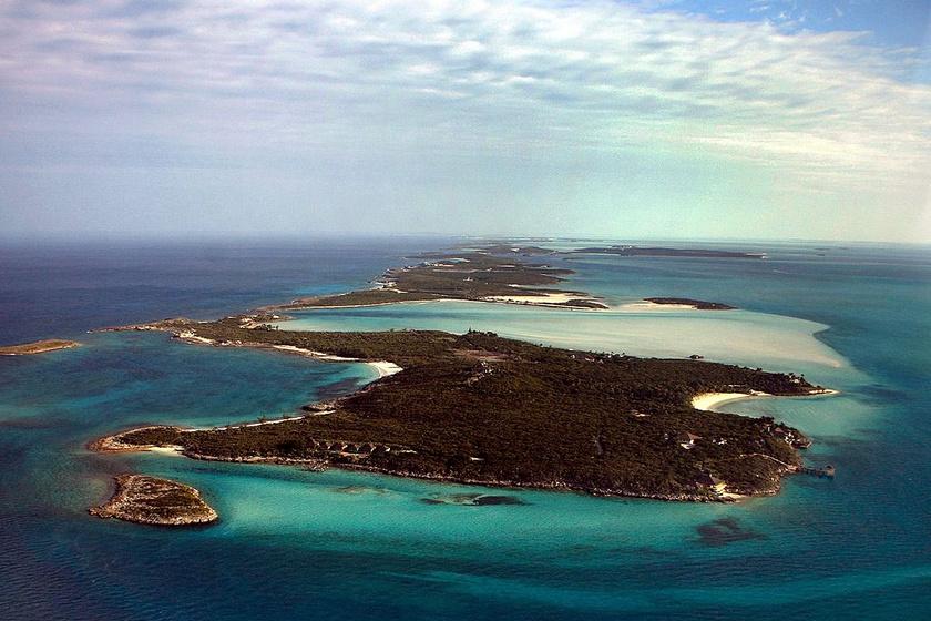 Musha szigetecske a Bahamákhoz tartozik, David Copperfield tulajdonában van. Három kisebb sziget veszi körbe, ami biztosítja az illuzionista és vendégei nyugalmát, maximum 24-en tartózkodhatnak rajta.