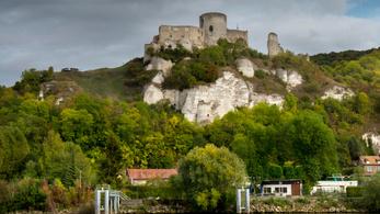 A középkori Európa legerősebb várát a vécén keresztül foglalták el