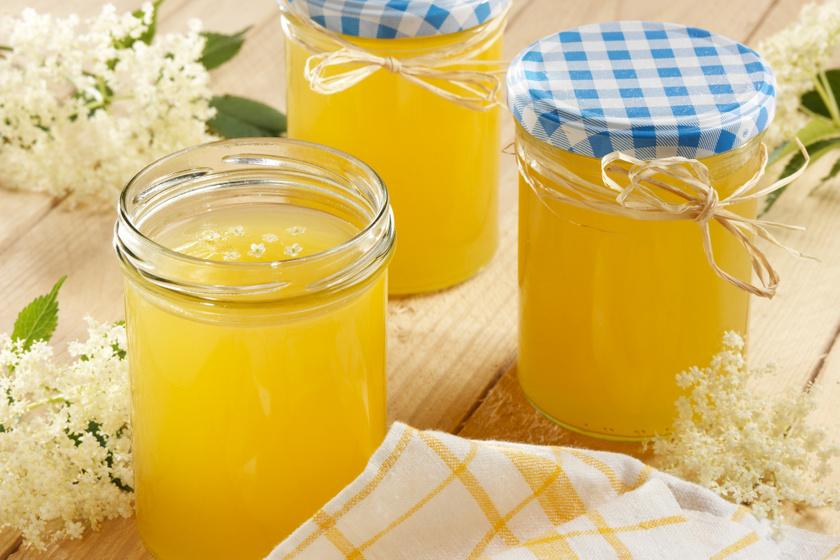Mennyei citromos bodzadzsem tartósítószer nélkül: kenyérre, palacsintába, sütikhez is jól jön