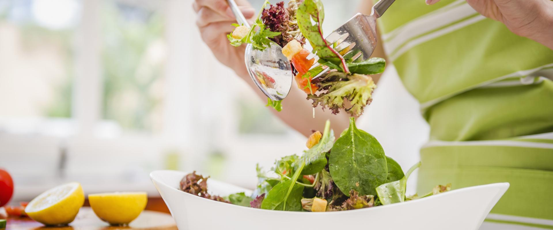salátakészítés cover