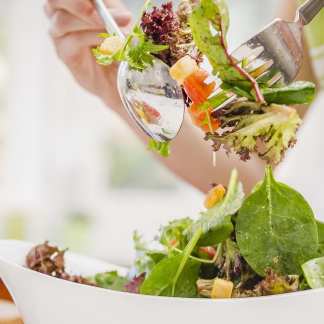 Változatos és friss salátareceptek - A könnyedtől a laktatóig
