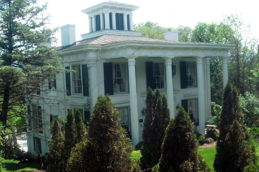 Titkos szobát talált a pár a ház felújítása közben: legalább 100 éve senki sem járt benne