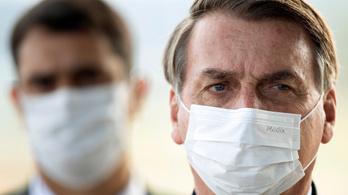 A legfelsőbb bíróság kötelezi Bolsonarót, hogy közölje a járványügyi adatokat