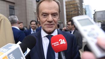Nem Donald Tusk állította le a Fidesz értékelését az Európai Néppártban
