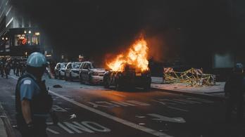 Lekötik az amerikai rendőröket a tüntetések, hatvan éve nem öltek meg ennyi embert Chicagóban