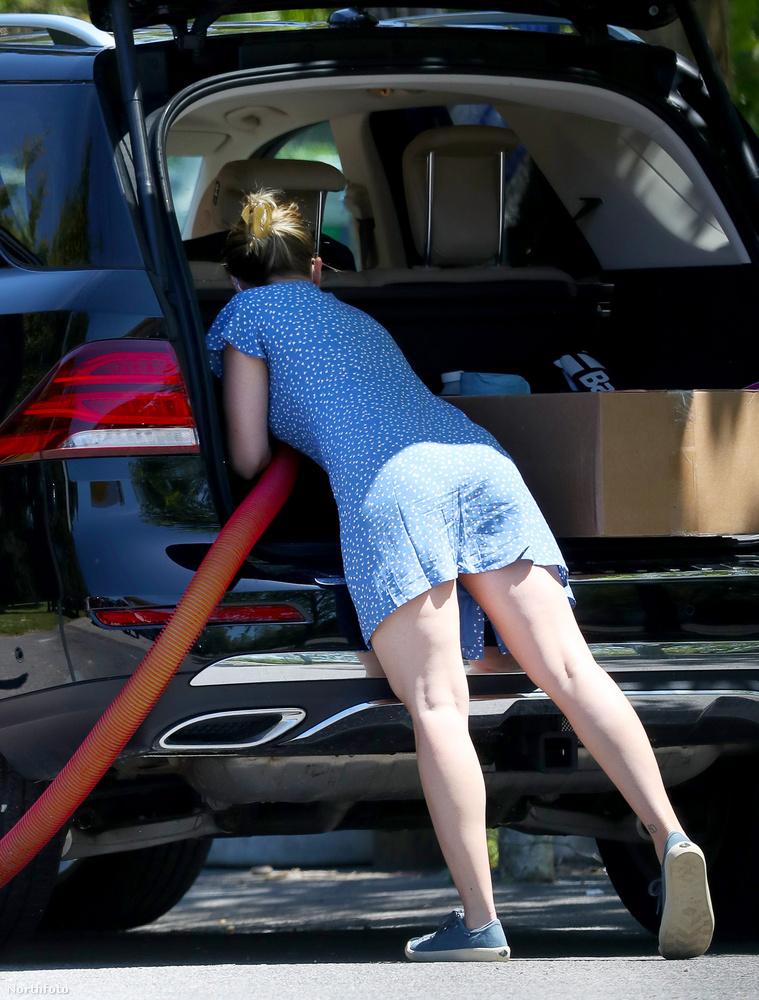 Hú, nagyon tiszta lesz ez a kocsi.
