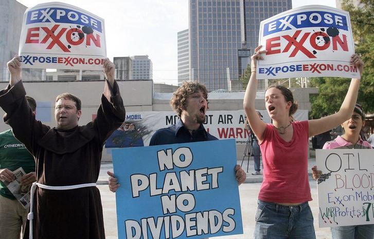 Az Exxon elleni tüntetés 2006-ban