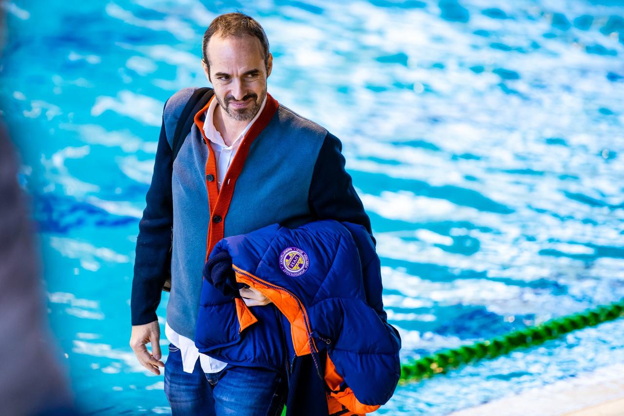 Benedek Tibor május elején jelentette be, visszavonul minden vízilabdával kapcsolatos tevékenységtől. Abban bízott, szurkolóként részt vehet a klub életében.
