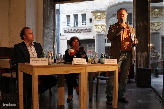 Hemberger András, a MasterCard igazgatója, Király Júlia, az MNB alelnöke és Máté Gábor színházigazgató