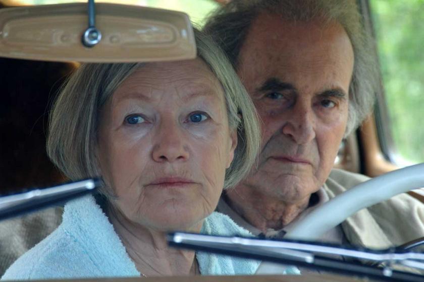 Földi Teri és Keres Emil a 2007-ben forgatott Konyec - Az utolsó csekk a pohárban című filmben