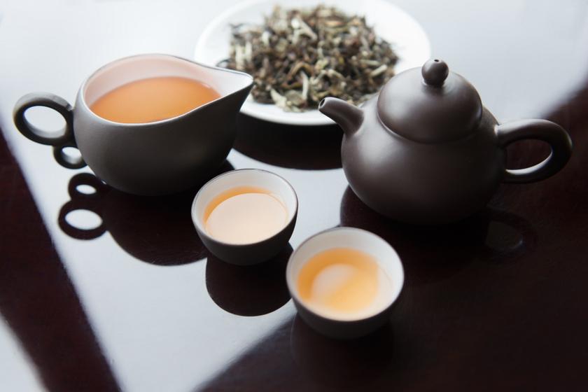 Égeti a zsírt, csökkenti az éhséget: miért érdemes fehér teát fogyasztani?