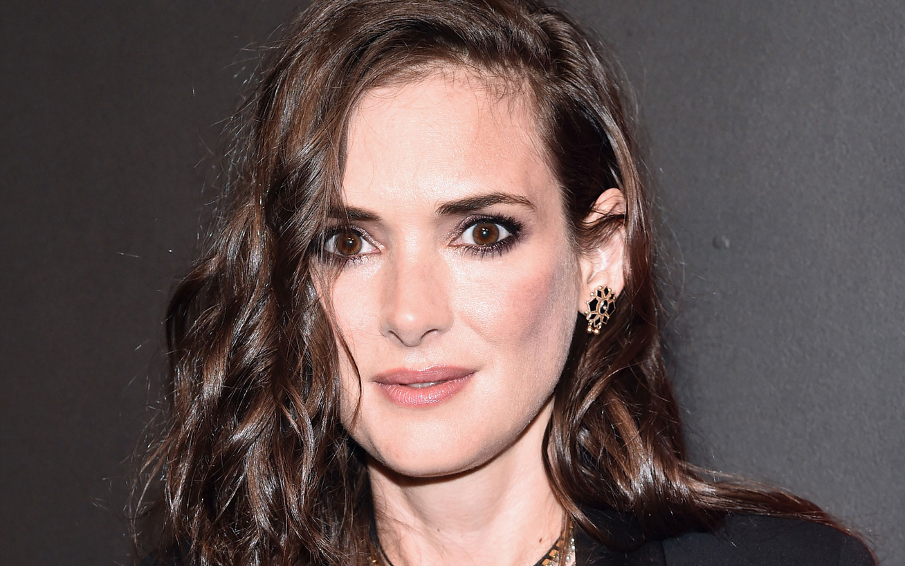 winona-ryder-cover