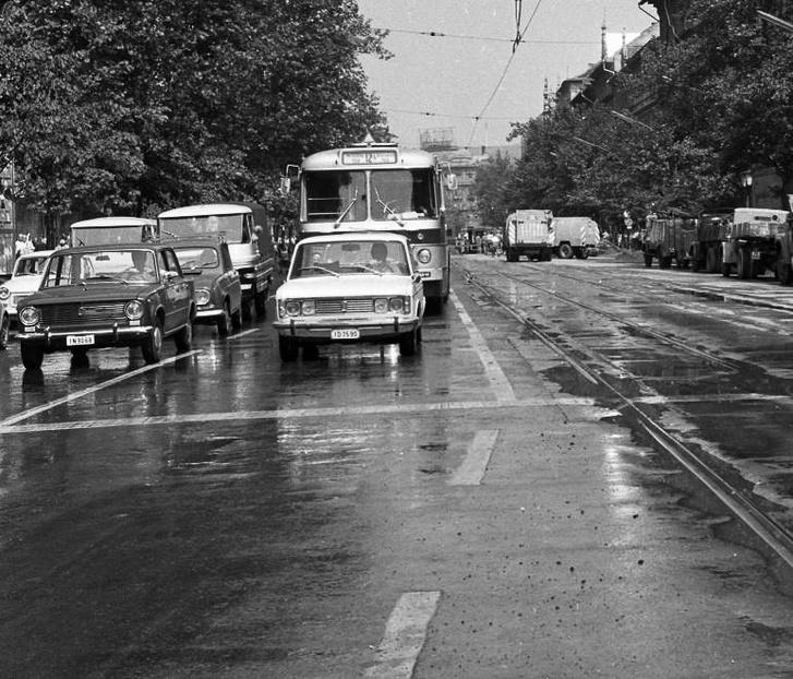 Egy torinói 125-ös a budapesti forgalomban