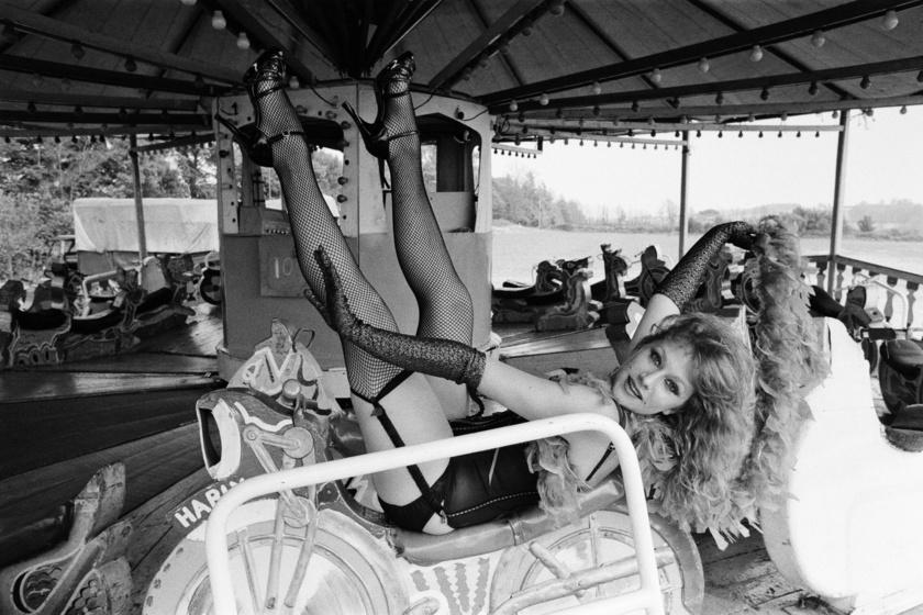 Helen Mirren 1975-ben vállalta be ezt a dögös fotózást.