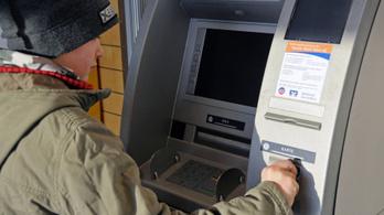 Milyen bankszámlája és bankkártyája lehet egy gyereknek?
