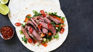 Marhahúsos-uborkás saláta 5 összetevőből – néhány perc alatt különleges fogást dobhatsz össze