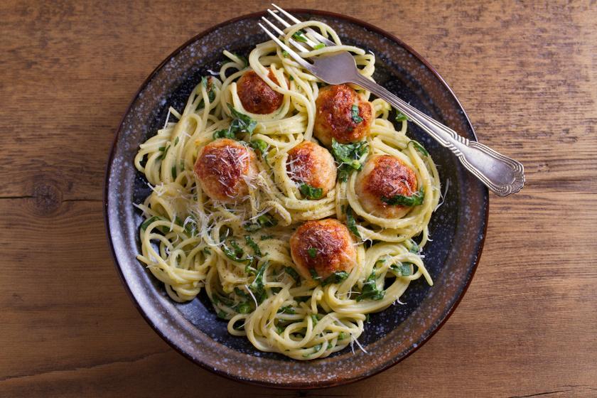 spenótos húsgombócos tészta recept