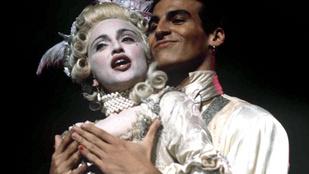 Madonna Vogue-koreója és a Ponyvaregény legendás jelenete is elkészült Barbie-kkal