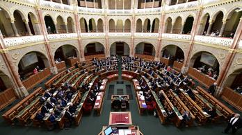 Hétfőn szavazhat a veszélyhelyzet meghosszabbításáról a parlament