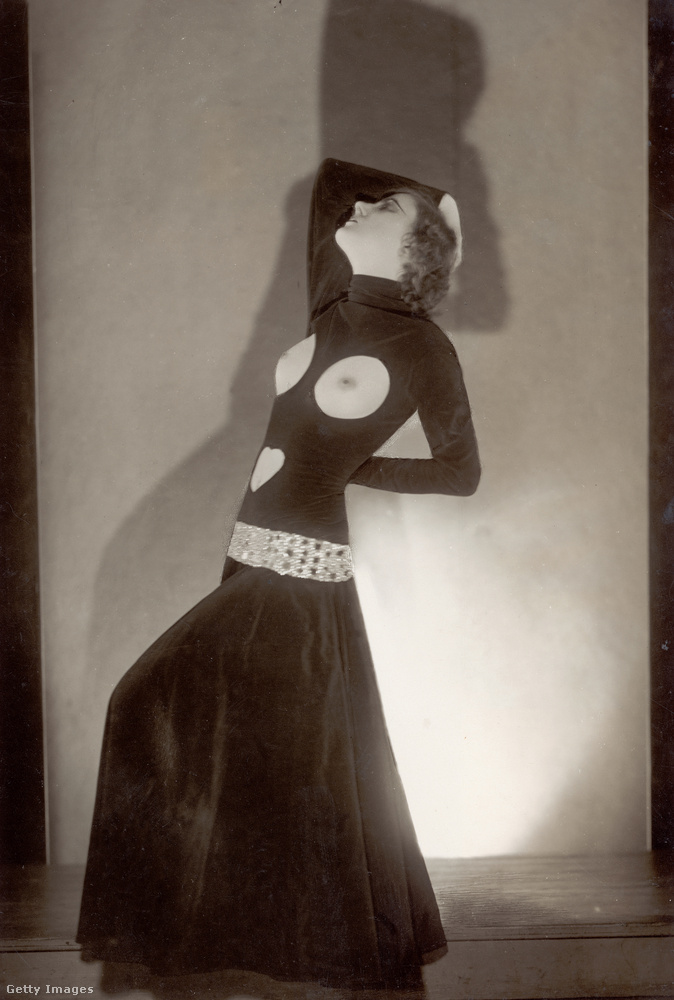 Erotikus viselet 1930-ból