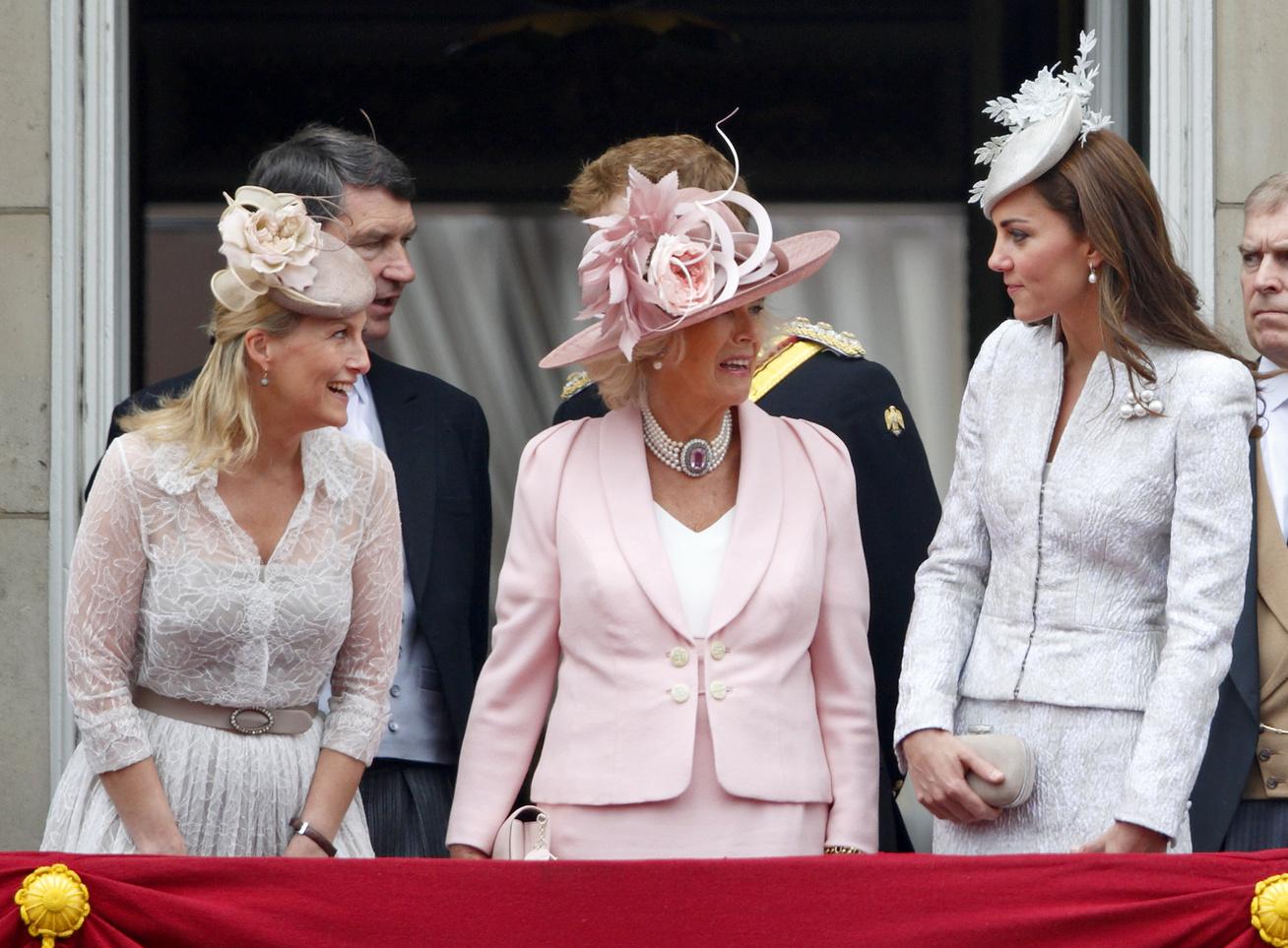 királyi-család-divat1