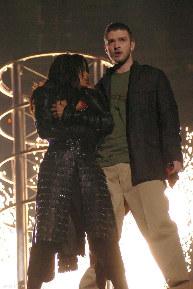 Szóval a világ leghíresebb mellvillantásáért Janet Jackson egyszemélyben lett kikiáltva bűnösnek, bár ugye Justin Timberlake szintén aktív szerepet vállalt a koreó letépkedős részében