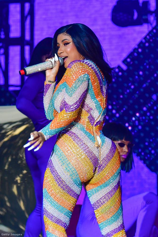 Cardi B sem bízza a véletlenre a népszerűséget: a rappernő produkciójának mindig is a szexualitás volt a középpontjában