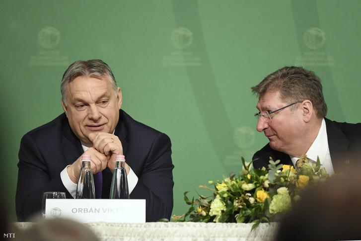 Orbán Viktor és Parragh László a Magyar Kereskedelmi és Iparkamara (MKIK) elnöke a kamara gazdasági évnyitóján az Intercontinental Budapest szállóban 2020. március 10-én.