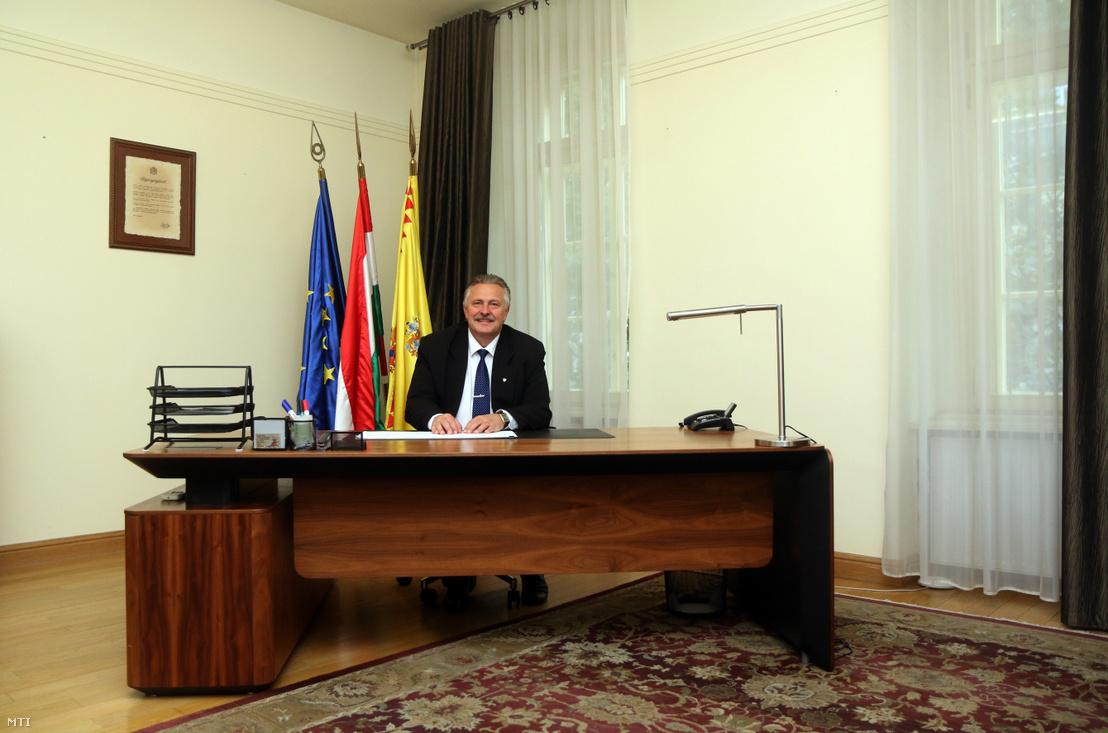 Veres Pál Miskolc polgármestere a miskolci városházán 2019. október 18-án