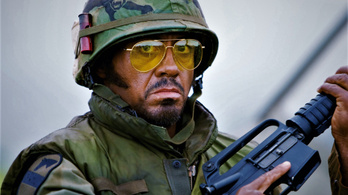 Nem biztos, hogy a feketére mázgált Robert Downey Jr. miatt nincs fent a Trópusi vihar a Netflixen