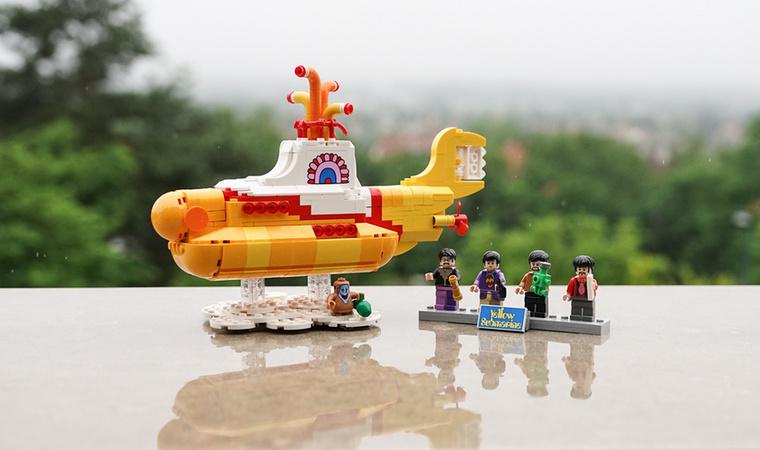 A Sárga Tengeralattjáró 2016 novemberében jelent meg, és a Lego Ideas sorozat tizenötödik darabja