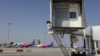 A Budport szerint a buta vezetés és a Wizz Air előnytelen kiszolgálása vitte csődbe a Malév GH-t