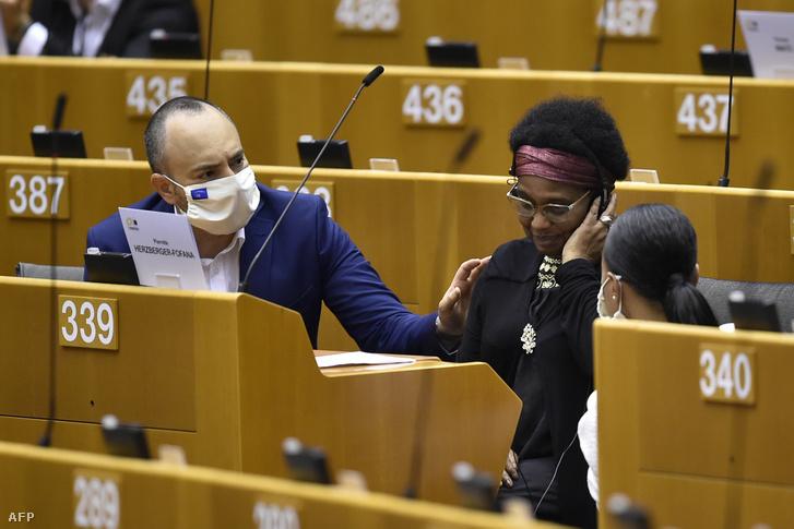 Pierrette Herzberger-Fofana 2020. június 17-én az Európai Parlamentben.