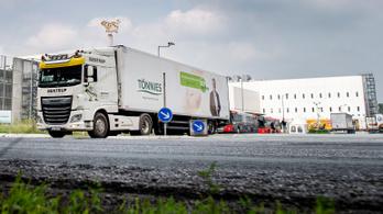 A dolgozók kétharmada megfertőződött koronavírussal egy németországi húsüzemben