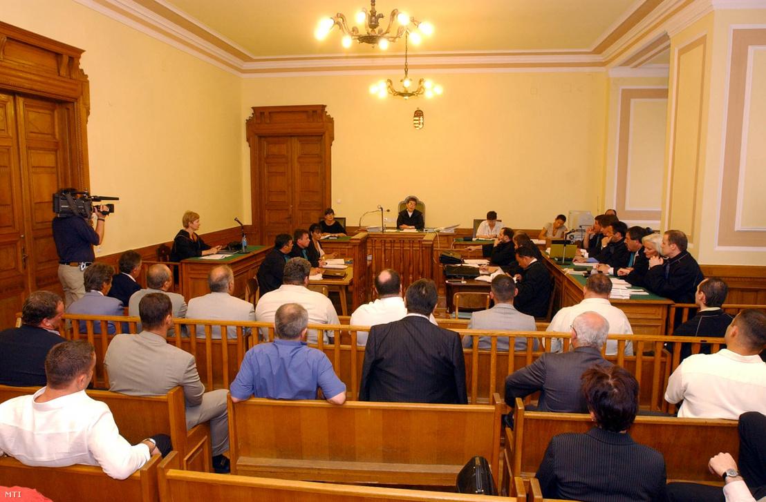 Az Energol-ügy első tárgyalási napja 2003. június 5-én